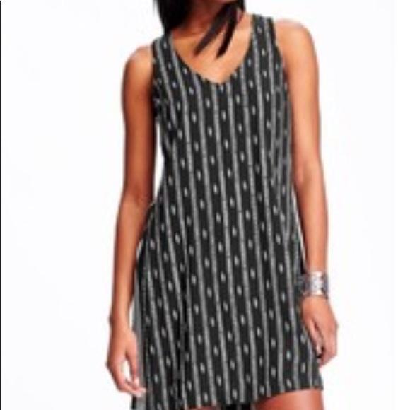 53ef34dfad78 NWT Old Navy Mixed Print Shift Dress Size-LPetite.  M 5aa9cb26739d48129484d360